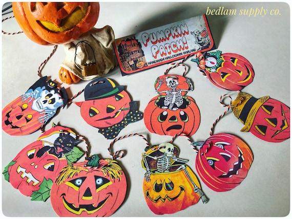 Pumpkin Patch - Vintage Style Halloween Garland Banner