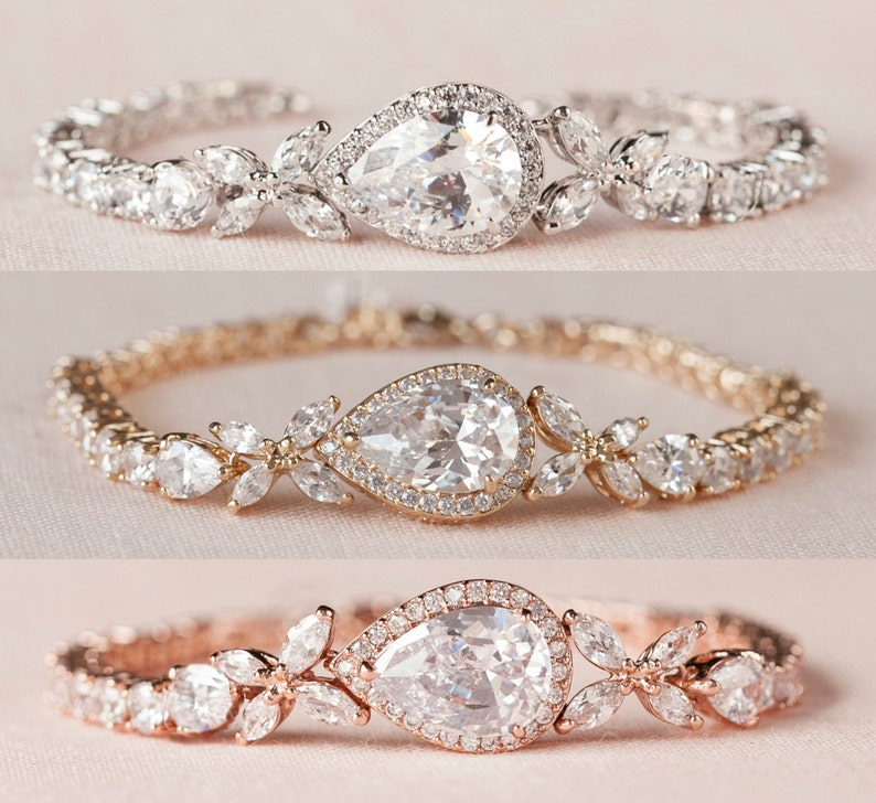 Crystal Wedding Bracelet Bridal bracelet Swarovski crystal  977361d4e0
