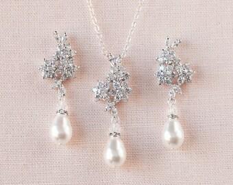 Crystal Bridal SET, Rose Gold Wedding jewelry Swarovski Crystal Pearl Wedding earrings, Pendant, Bridal jewelry, PIPER Jewelry SET