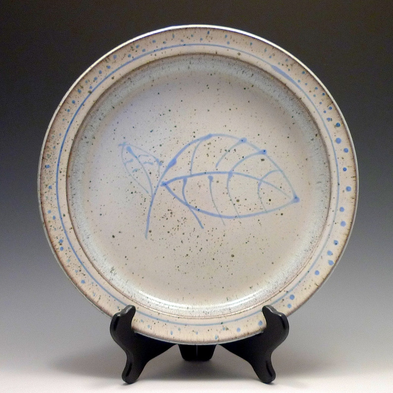 Snowy Plate with Leaves