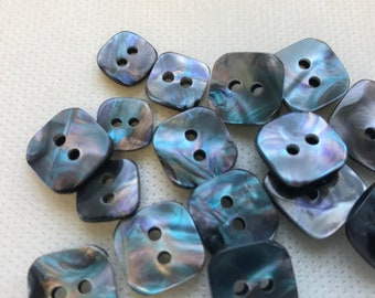 Pearl Tahiti  Iridescent  buttons, Square buttons,Lot of 6,  4 sizes , 2 hole , iridescent Buttons. Beautiful craftsmanship.
