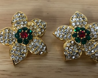 """Gold look Green Red Clear stones extra large  (1 and 3/8"""")  in diameter . shank back Flower shape."""