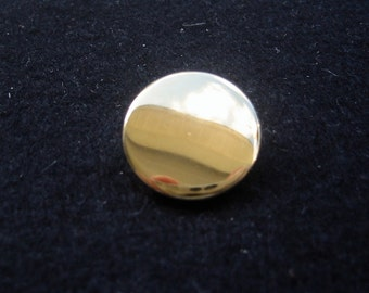 """Gold Button. Blazer button.  Lot of 4- made in Italy 13/16"""" (20mm) in diameter"""