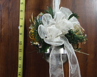 Holiday Floral Jingle Bell Door Hanger, FREE SHIPPING, Christmas Decoration, Door Decoration