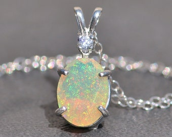 STUNNING Genuine Faceted Welo Opal Gemstone Necklace,Solid Genuine Opal Gemstone,Sterling Silver Opal Necklace,October Birthstone,Gift-OP11