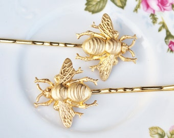 Brass Honeybee Bobby Pins,Set of Two,Highly Detailed,Golden Bee Hair Pins,Bridal,Whimsical,Shabbby Chic,Outdoor Wedding,Bridal Hair Pins
