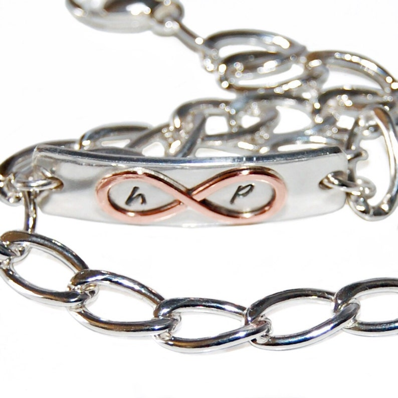 Valentines Mother/'s Day present sterling silver couples jewelry gift for her initials Personalized infinity bracelet anniversary gift