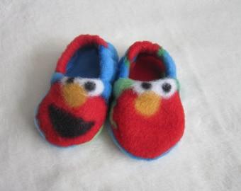 Sesame Street Elmo fleece baby booties