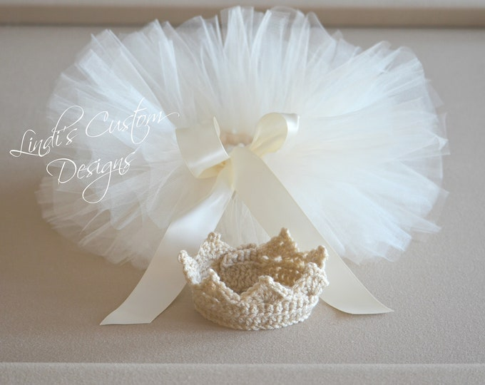 Newborn Baby Gift, Baby Tiara Crown and Tutu Gift Set, Beige Tiara Crown Newborn Photography Prop Set with Matching Tutu, Unique Baby Gift