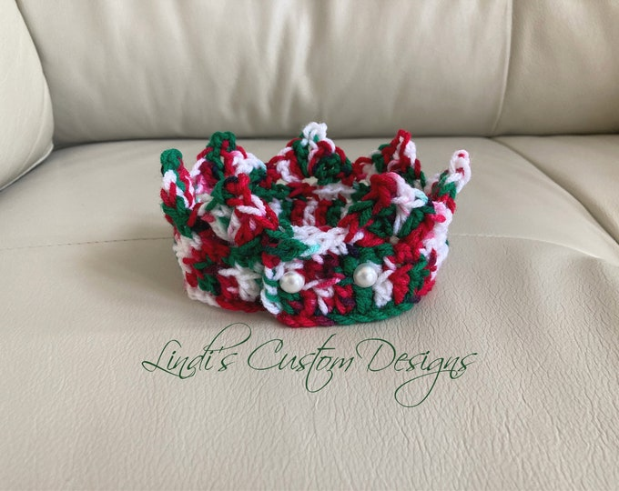 Crochet Newborn Tiara/ Baby Crown/ Newborn Photography Prop/ Hand Crochet Baby Crown/Baby's 1st Christmas/ Unique Baby Gift/Boho Baby Gift