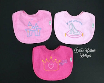 Baby Girl Embroidered Bib Set, Unique Baby Shower Gift, Newborn Hospital Girl Gift, Embroidered Girl Baby Bib, Princess Fairytale Bib Set