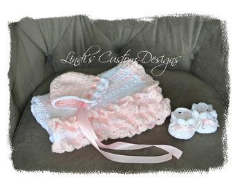 Girl Baby Blanket Gift Set, Girl Pink White Crochet Gift Set, Blanket, Hat, Baby Shoes Gift Set, Baby Shower Gift Girl, Crochet Baby Gift