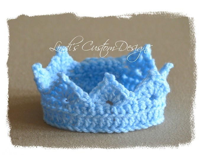 Crochet Newborn Tiara, Baby Crown, Newborn Photography Prop, Hand Crochet Baby Crown Tiara Blue, Unique Baby Gift, Baby Shower, Blue Tiara