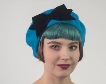 Turquoise Wool Felt Beret Hat with Black Velvet Ribbon Bow, Turquoise French Beret, Turquoise Women's Winter Hat