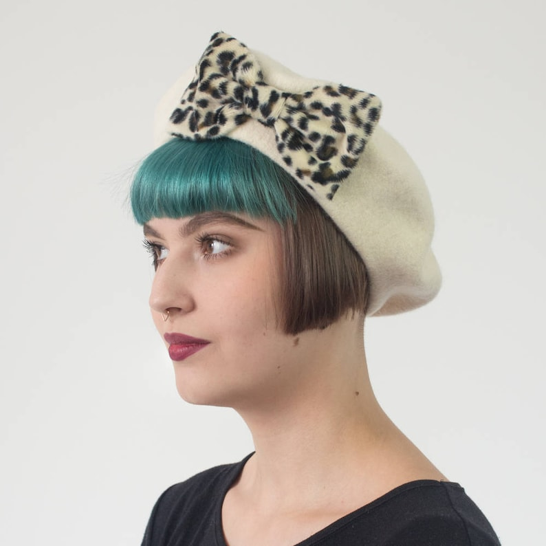 8d2c576b4cfa Ivory Beret Hat with Leopard Fake Fur Bow Ivory Wool Felt | Etsy