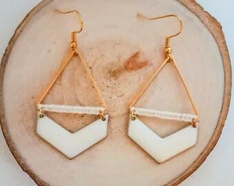 WEDDING earrings gold scalloped chevron