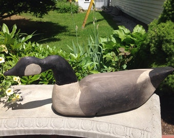 Antique working Canadian goose decoy hand carved  and painted