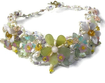 Beaded Collar Necklace In Full Bloom WJ104