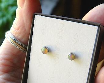 Welo Opal Stud Earrings in Fine Silver, Sterling Silver Stud Earring, 4mm Natural Ethiopian Opal E133
