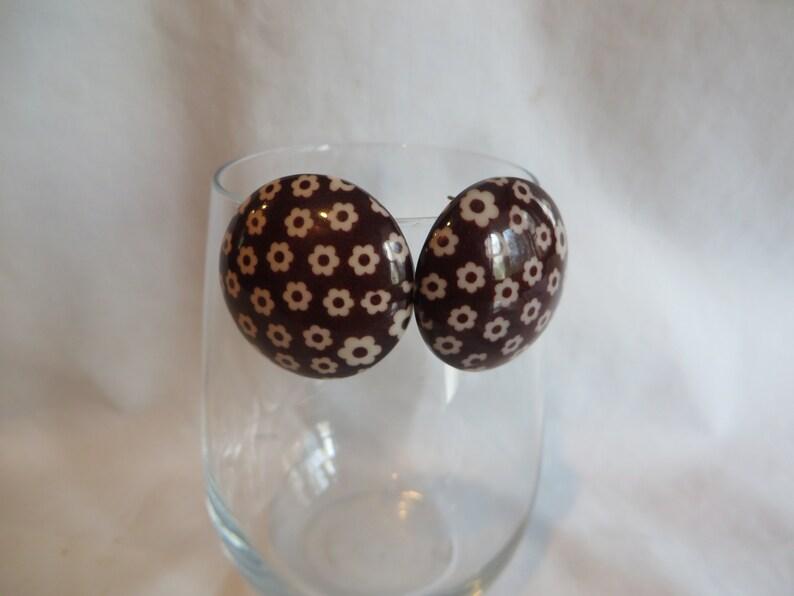 brown acrylic Vintage Brown Flower Post Earrings vintage
