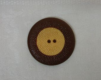 """Vintage Bakelite Bumpy Cookie Button Chocolate and Butterscotch 1 5/16"""""""