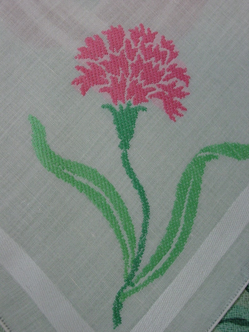 Vintage Napkins Set of 11 Gorgeous White with Pink Embroidered Carnation 17
