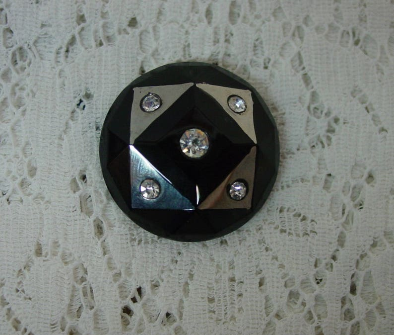 4 Way Shank 1 316 Elegant Silver Luster Rhinestones Antique Glass Fashion Button c.1920/'s Faceted