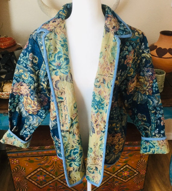 Gorgeous Vintage Tapestry Duster / Jacket Floral