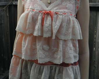 Vintage layers of lace for a sunny afternoon size s/m