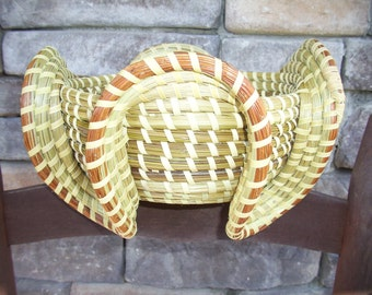 Gullah Sweetgrass Stand Basket