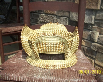 Gullah Sweetgrass Stand Basket with Foot