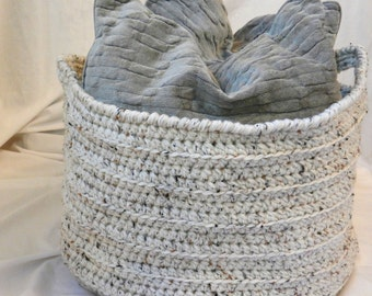 "Large Crochet Basket - Oatmeal Ecru Beige Fleck - Home Decor Organization Storage Round Cylinder 18"" x 14"" for Towels, Blankets, Pillows"