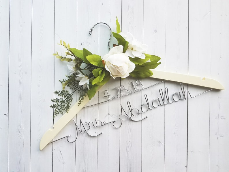 Wedding Hanger With Date and White Flowers Last Name image 0