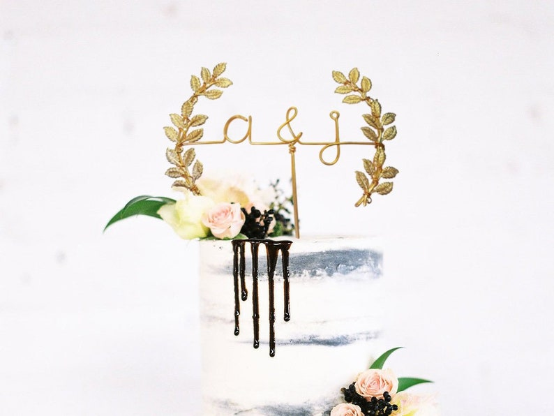 Initials with Laurel Midsummer Night's Dream Wedding Cake image 0