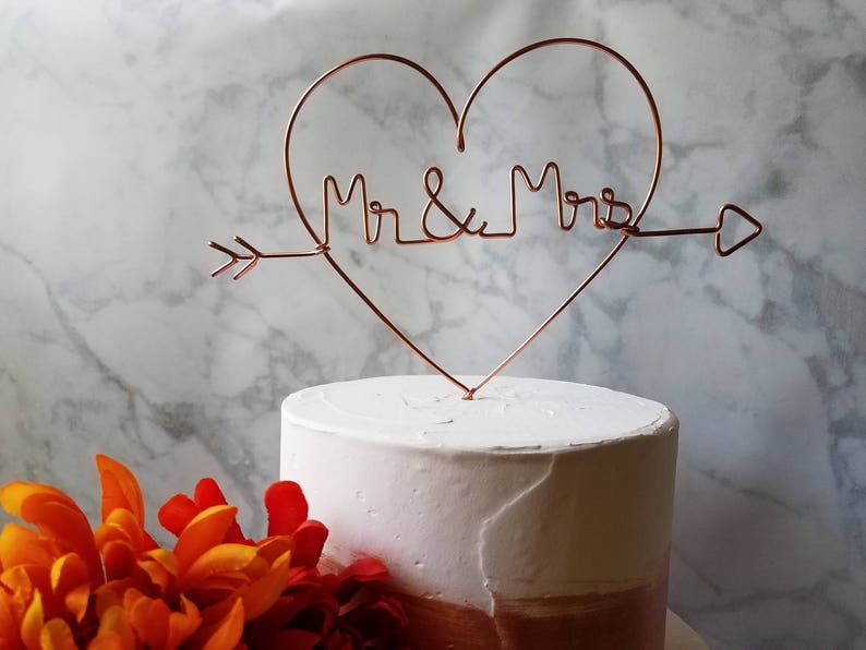 Rustic Cake Topper  Wire Cake Topper  Heart Mr and Mrs Cake image 0