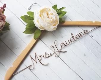 Wedding Dress Hanger With White Peony - Personalized Hanger - Custom Hanger - Bride Hanger - Bridal Hanger - Bride Gift - Bridal Shower Gift