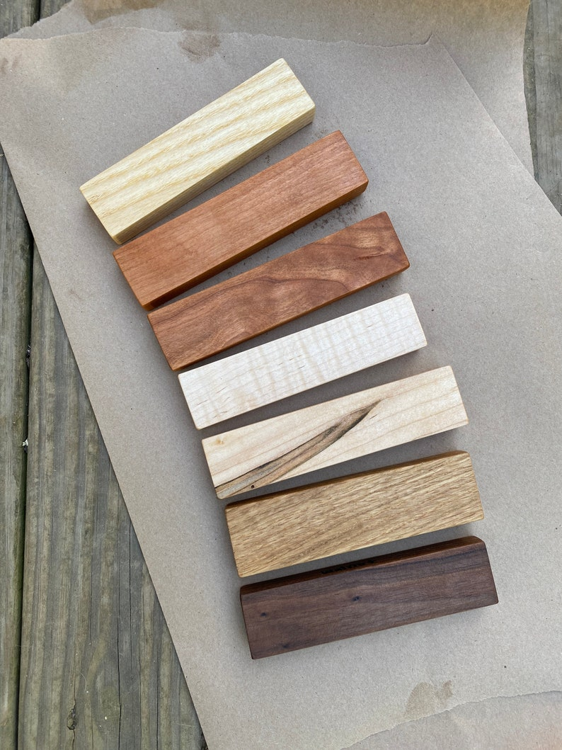 AMERICAN HARDWOOD SAMPLES    Choice of Woods    Credit image 0