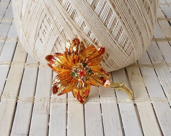 Vintage Weiss Enamel Flower Pin, Metallic Amber Orange & Gold, Autumn colors, Rhinestones, 1960's, High End Vtg, Retro fLoWeR, Lapel pin