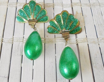 Vintage Showgirl Earrings, 1980's, Green Glitter Enamel, Big Bead Dangles, Drop earrings, Vegas style, Stage jewelry, Burlesque earrings