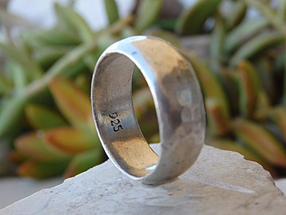 Classic Sterling Silver Hammered Band Set Silver Wedding Band Set Hammered Silver Wedding Rings Mens Wedding Band Rustic Mens Wedding Ring