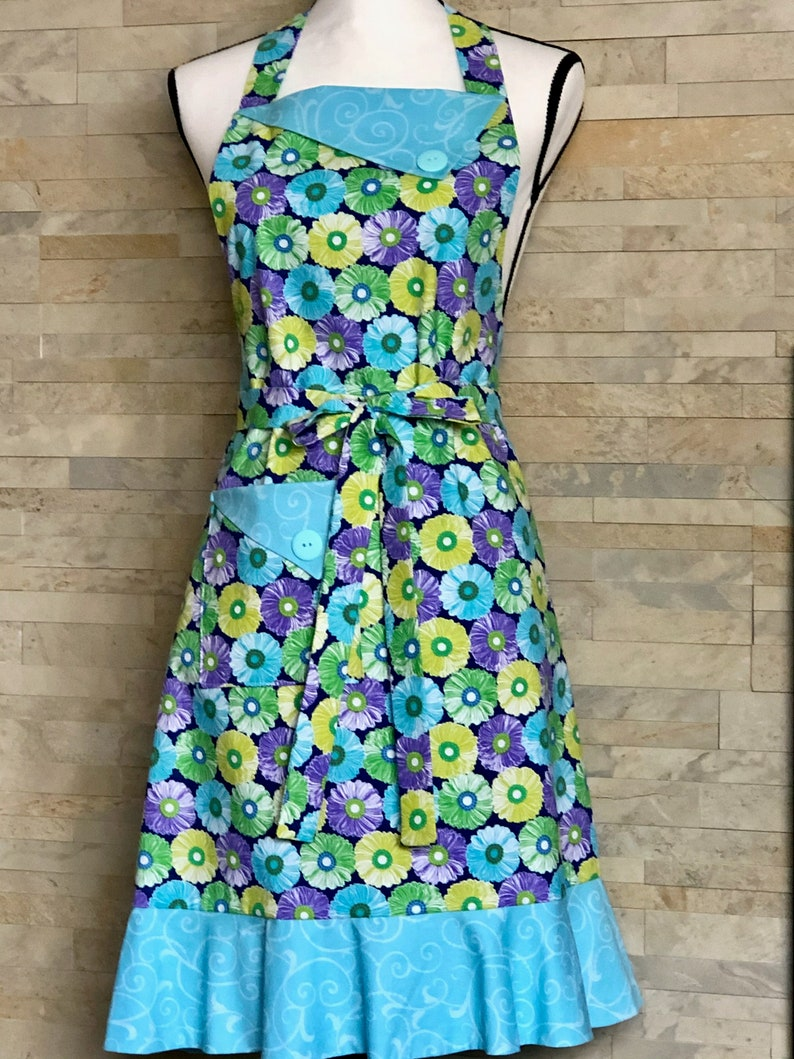 Women/'s Apron Ready to Ship Adult Retro Bib Apron Handmade Kitchen Clothing Protector