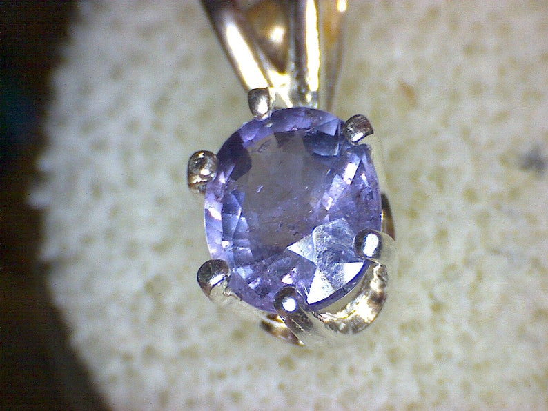Beautiful Madagascar Sapphire Pendant