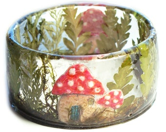 Garden Jewelry -Real Flower Jewelry-  Forest Jewelry - moss jewelry  Flower Jewelry- Resin Jewelry-  Green Resin Bracelet- Art Jewelry