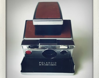 Polaroid SX-70 Land Camera - GUARANTEED WORKING