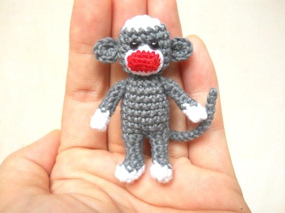 Mini Sock Monkey 2 Zoll Amigurumi häkeln Miniatur Sock | Etsy