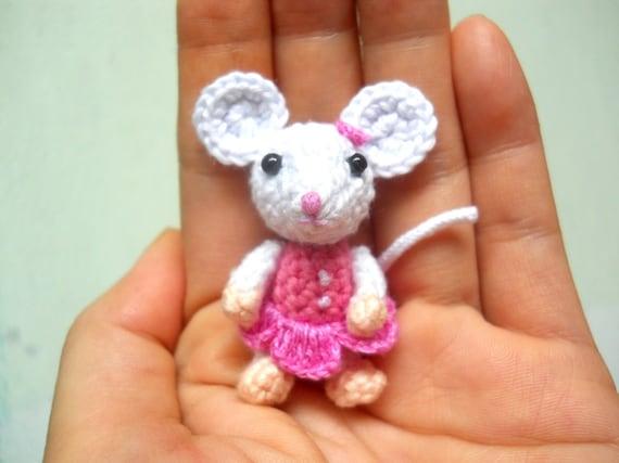 Kleine Haak Muis Girl Amigurumi Miniatuur Gevulde Dieren Etsy