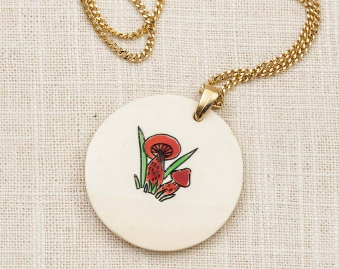 Red Mushroom Necklace Vintage Gold Hippie Long Chain Costume Jewelry 7L