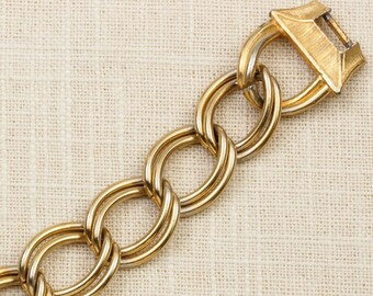 Vintage Bracelet Double Links Etched Buckle Gold Chain Costume Jewelry 7J