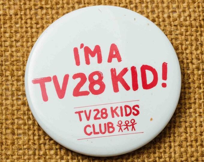 TV 28 Kid Button Vintage White Pin-Back Button Vtg Pin 7S