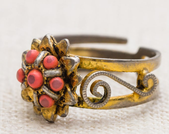 Coral Flower Vintage Ring Gold Metal Unique Intricate Design Adjustable 7RI